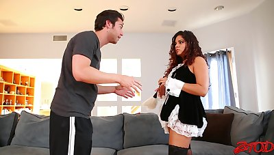 Flagitious fucking on the sofa with a big butt maid who loves cum