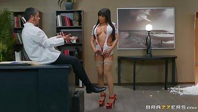 Busty nurse shows proper qualities during hard shag