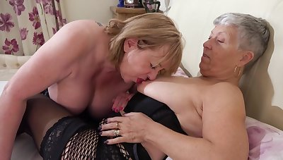 Chunky grannies wearing stockings making love on high slay rub elbows with bed