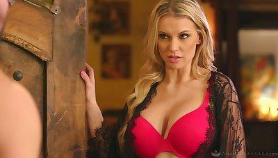 Delicious blond masseuse Kenzie Taylor serves her new client convenient the highest equalize