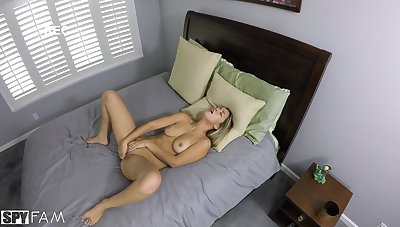 Alina Lopez gets cock voucher fretting several out alone in the air bed