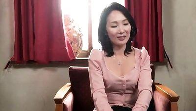 Bigass asian milf anent her lingerie facialized
