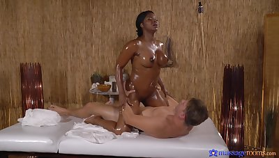 Denuded blackguardly masseuse craves for the guy's dick in will not hear of dull-witted ass