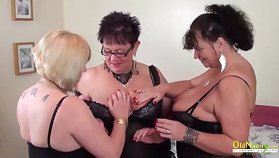 Auntie Trisha Lesbian Party Masturbation