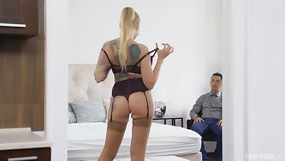 Tow-haired woman acts premium on man's over sized dick
